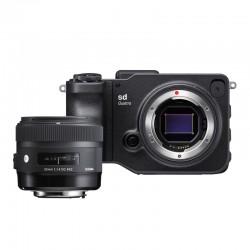 SIGMA Compact Expert SD QUATTRO avec 30mm f/1.4 DC HSM