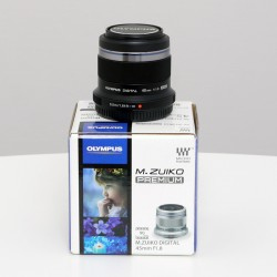 Occasion OLYMPUS M.ZUIKO 45 mm f/1.8 Noir