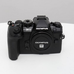 Occasion Olympus  OM-D E-M1 MARK II NOIR NU