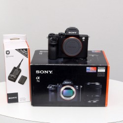 Occasion Sony ALPHA 7 II NU+ chargeur Sony ACC-TRW