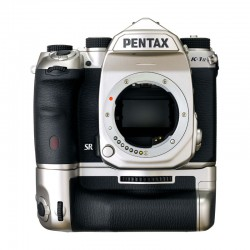 PENTAX K-1 MARK II Silver Garanti 3 ans + Grip + 2 Batteries